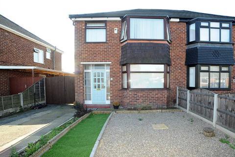 3 bedroom semi-detached house to rent - 15 Parkstone Road, Irlam M44 6LB