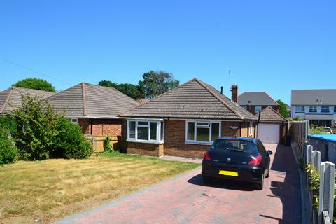 3 bedroom bungalow for sale - Charminster