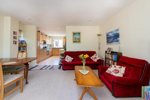 3 bedroom semi-detached house for sale - Bowness Avenue, Headington, Oxford, Oxfordshire