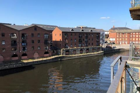 2 bedroom apartment for sale - Dock Street