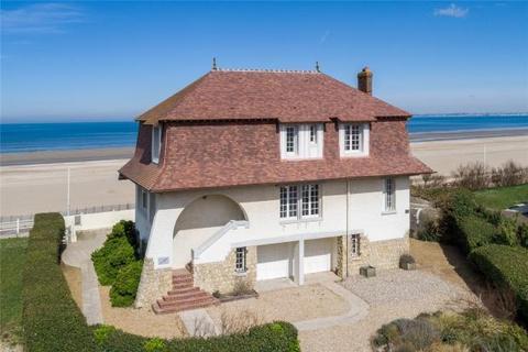 5 bedroom detached house  - Benerville-Sur-Mer, Normandy