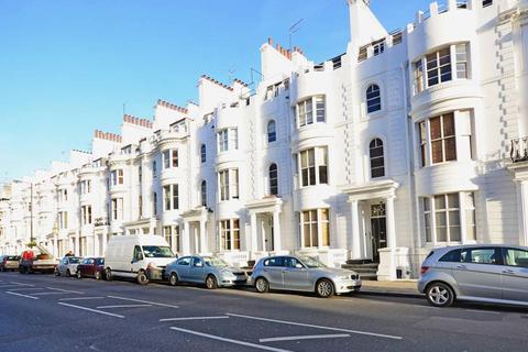 2 bedroom flat to rent - Gloucester Terrace, Paddington, London, W2 6HP