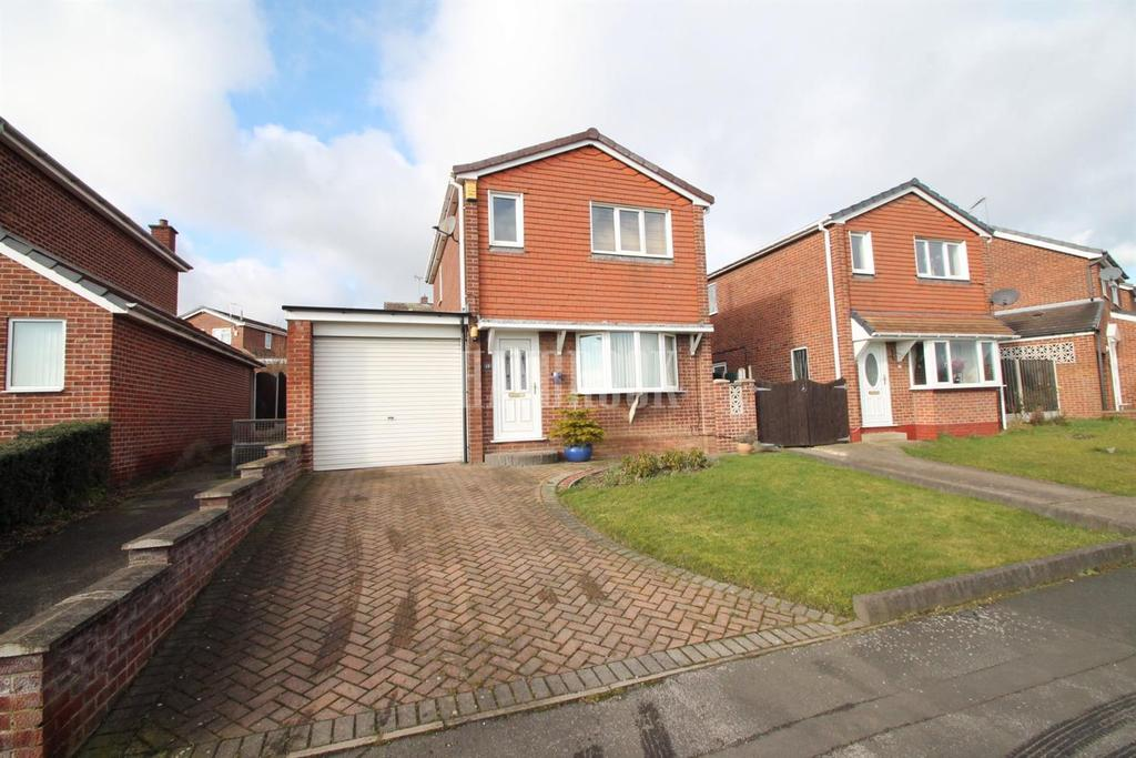 3 Bedrooms Detached House for sale in Campion Drive, Swinton