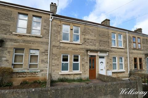 2 bedroom terraced house to rent - Wellsway, Bath