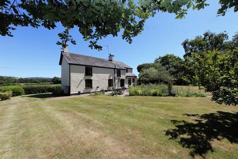 4 bedroom cottage for sale - Llandenny