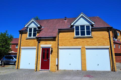 2 bedroom apartment to rent - Barley Mow View, Ashford