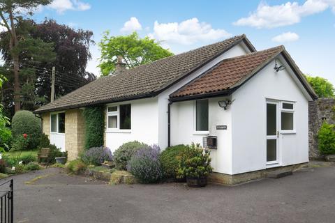 2 bedroom detached bungalow for sale - Vicarage Lane, Wookey, Nr Wells