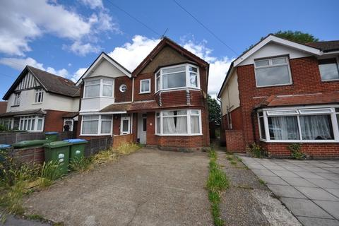 6 bedroom semi-detached house to rent - Langhorn Road, Southampton, Hampshire, SO16