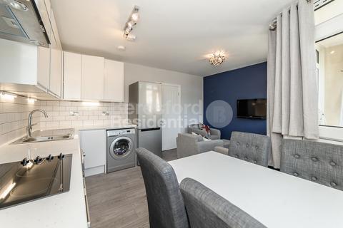 4 bedroom maisonette to rent - Dacca Street, Deptford
