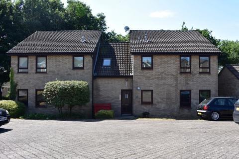 1 bedroom ground floor flat to rent - Rhodfa Eos, Parc Gwernfadog, SA6 6TF