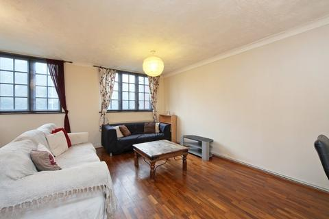 3 bedroom detached house to rent - St George's Square, Narrow Street