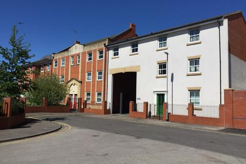 2 bedroom flat to rent - 140 Francis Court, Hull HU2