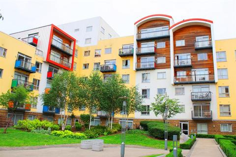 2 bedroom flat for sale - Holly Court, North Greenwich, SE10