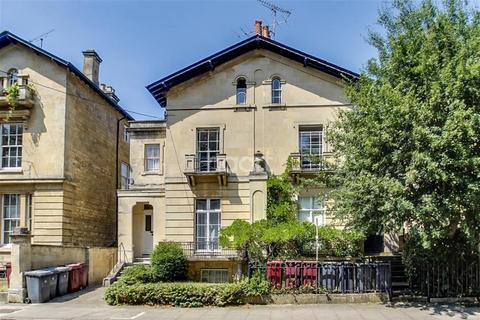 Studio to rent - Eldon Square, Reading