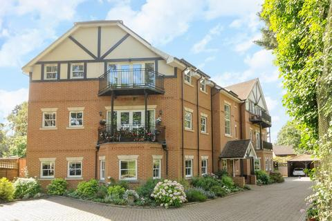 2 bedroom apartment to rent - Springfield Road,  Camberley,  GU15