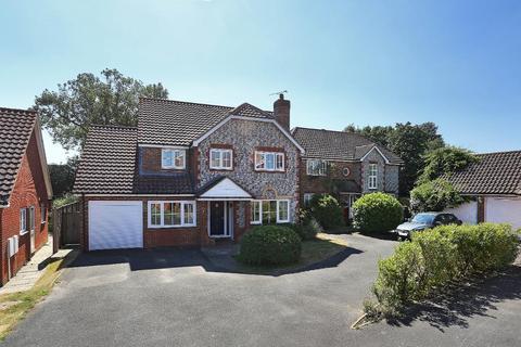 5 bedroom detached house for sale - Barn Meadow, Staplehurst, Kent, TN12 0SY