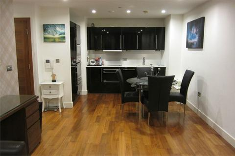 2 bedroom flat to rent - The Hayes, Cardiff