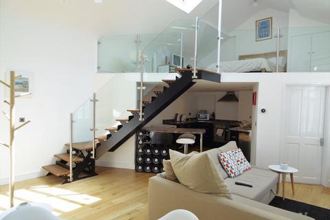 1 bedroom ground floor flat for sale - De la Pole Court
