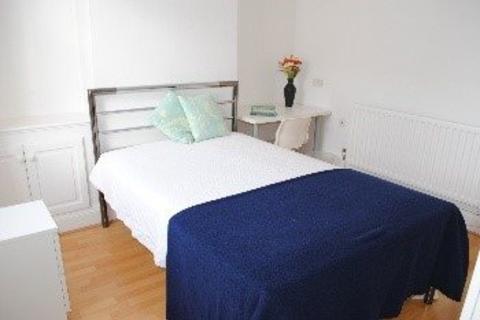 4 bedroom house to rent - Waldeck Street, ,