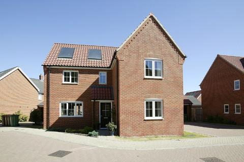 4 bedroom detached house for sale - Simpson Way, Wymondham