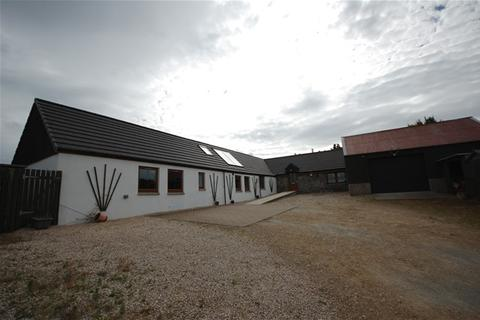 3 bedroom detached bungalow to rent - Murrayfield, Fochabers, Fochabers