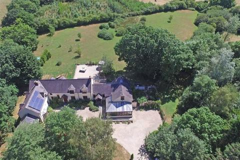 5 bedroom property with land for sale - LLECHRYD