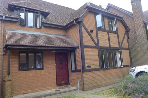 4 bedroom detached house to rent - Berndene Rise, Princes Risborough, HP27