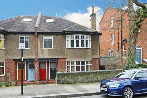 3 bedroom flat for sale - Bramshill Gardens, London