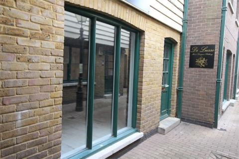 Property to rent - Arlingham Mews, Waltham Abbey, Essex