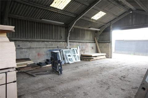 Property to rent - Crumps Farm, West Road, Sawbridgeworth, Hertfordshire