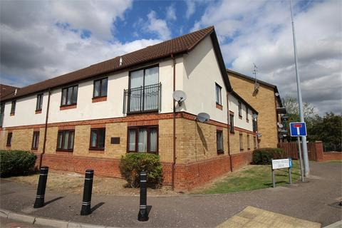 2 bedroom flat to rent - Kingsdale Court, Lamplighters Close, WALTHAM ABBEY, Essex