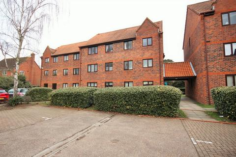 1 bedroom flat for sale - Tynedale Square, Highwoods, Colchester, Essex