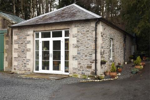 2 Bedroom Cottage To Holylee Estate Walkerburn Scottish Borders