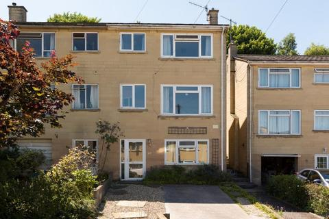 4 bedroom end of terrace house to rent - Marshfield Way, Fairfield Park