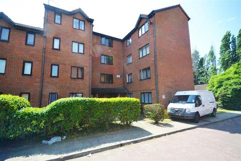 1 bedroom apartment for sale - Porter Close, West Thurrock