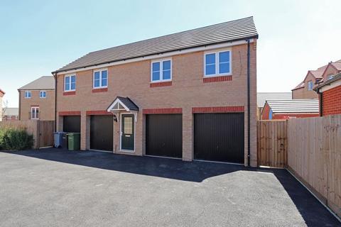 2 bedroom coach house to rent - Farrer Way, Barleythorpe, Oakham