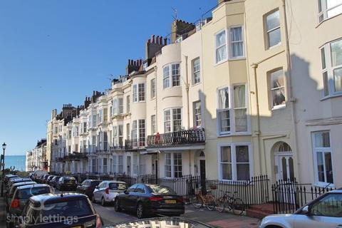 Studio to rent - Devonshire Place, Brighton