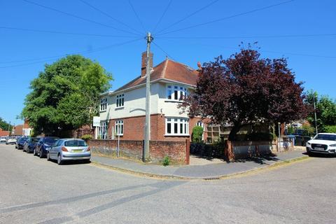 4 bedroom semi-detached house for sale - Pearson Avenue, Poole