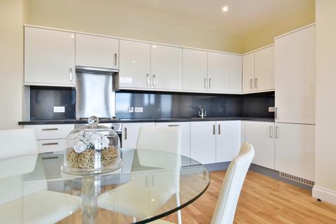 2 bedroom apartment to rent - Park Street, Ashford