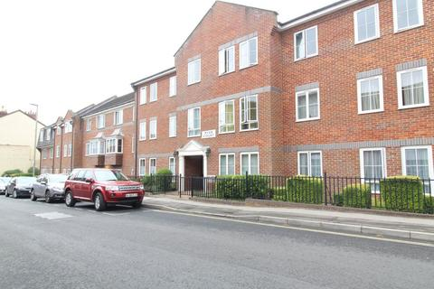 1 bedroom flat to rent - Ryan Court, Blandford