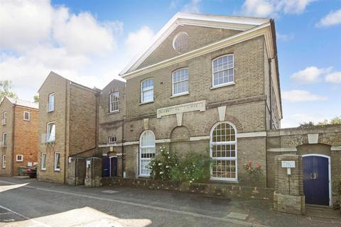 2 bedroom flat for sale - Old St Paul's, Russell Street, Cambridge