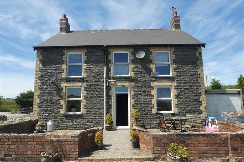 4 bedroom property with land for sale - Bontnewydd, Aberystwyth