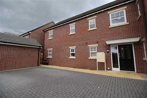 2 bedroom flat to rent - Mainsail Lane, Hempsted, Gloucester