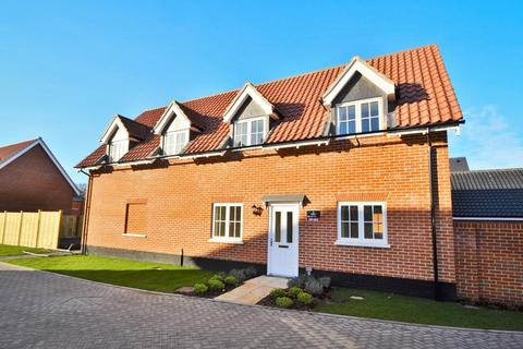 3 bedroom detached house for sale - Holt
