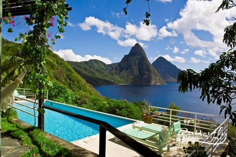 4 bedroom detached house - Anse La Raye, St Lucia, St Lucia