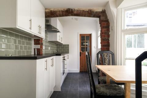 5 bedroom apartment to rent - Egremont Place