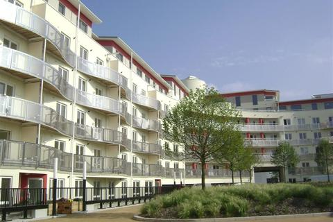 2 bedroom apartment to rent - Harbourside, The Crescent, BS1 5JQ