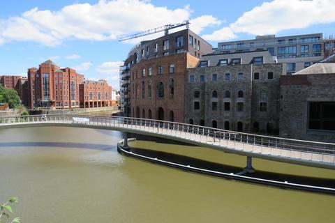 2 bedroom penthouse to rent - Finzels Reach, Malt House, BS1 6LQ