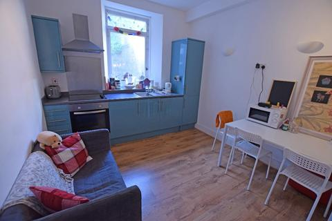 2 bedroom flat to rent - Spital, Old Aberdeen, Aberdeen, AB24 3HX