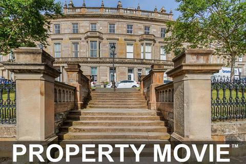 2 bedroom flat to rent - 10A Crown Circus, Dowanhill, Glasgow, G12 9HB